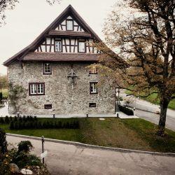 Langnau am Albis, Kniebrechestrasse